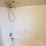 201-stone-hedge-hall-bath2