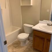 4025-bearmont-pl-hall-bath