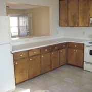 6112_krandon_dr_kitchen2